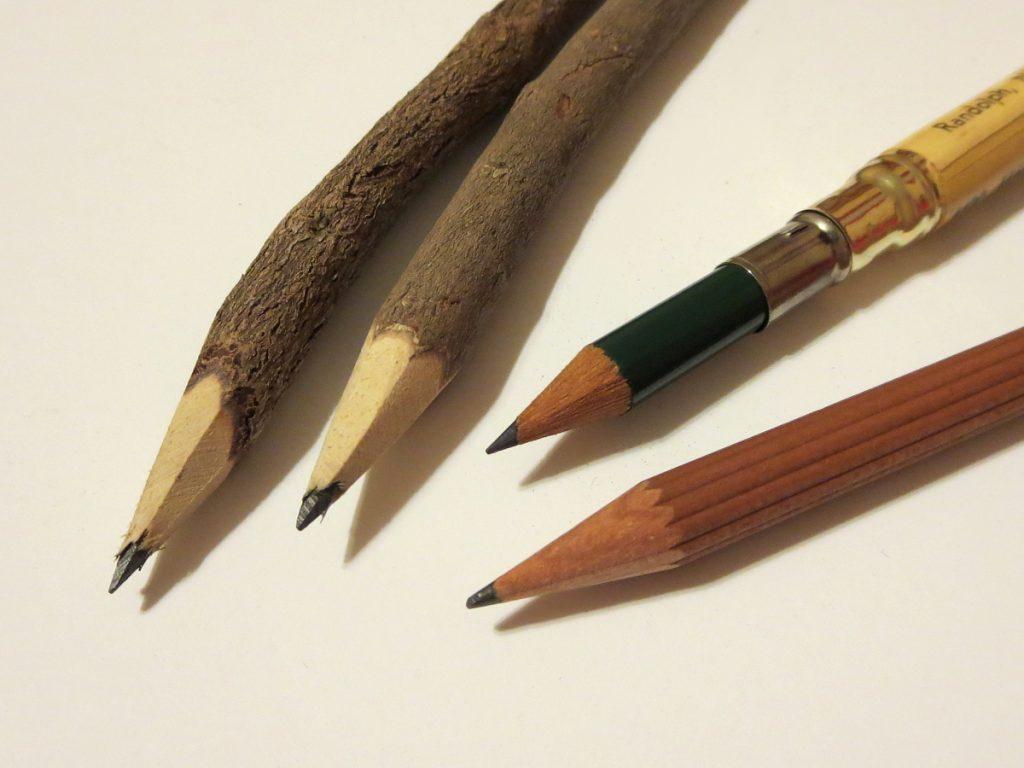 , История  возникновения карандаша: графит в деревянной рубашке